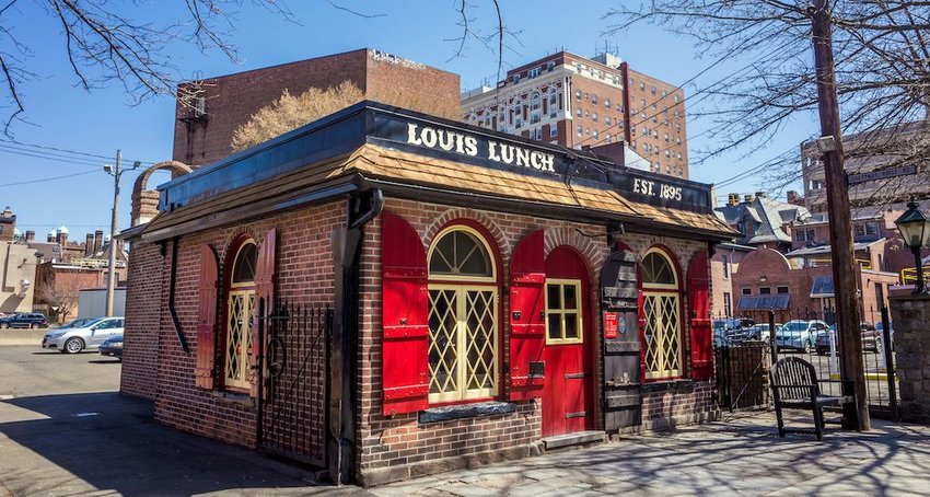 10 of the Oldest Restaurants in the U.S.
