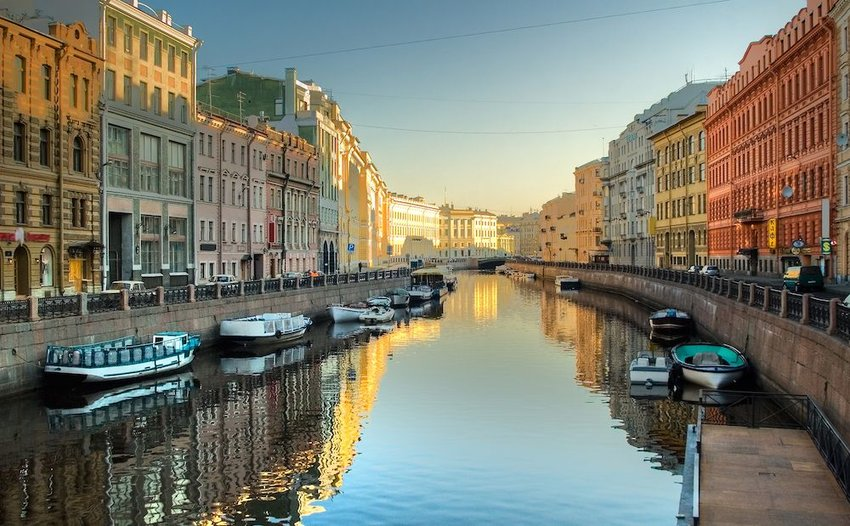 5 Stunning Canal Towns That Aren't Venice