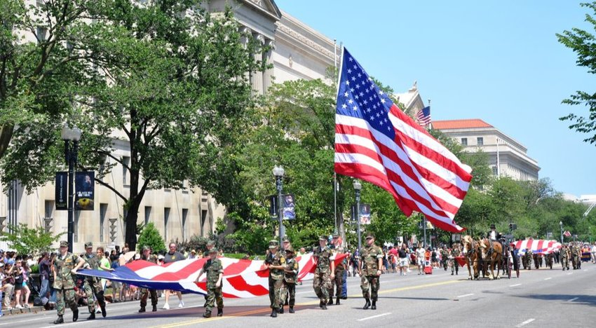 4 of the Largest Memorial Day Parades in the U.S.