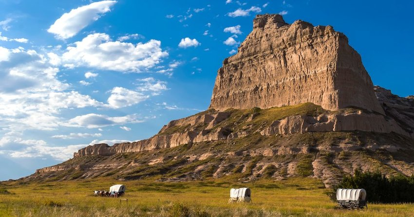 5 Essential Stops Following the Oregon Trail