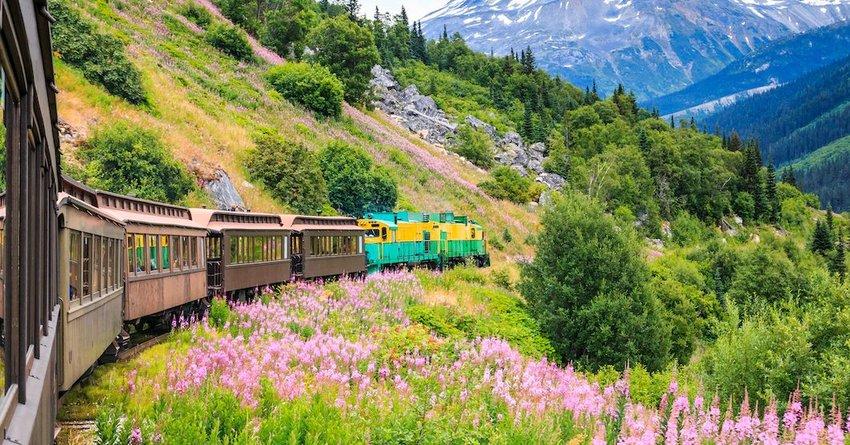 4 Small Alaskan Towns To Visit