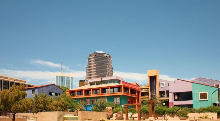 Tucson, Arizona (85% Sunshine)