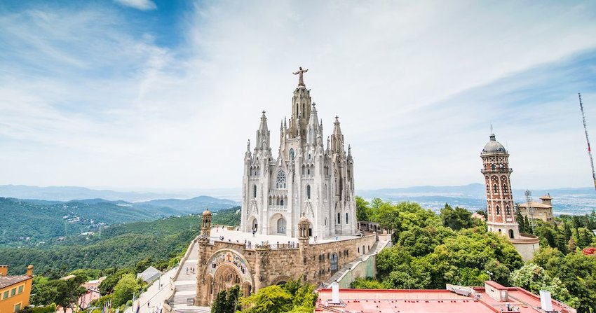 3 Amazing Spanish Buildings You Need to See in Person