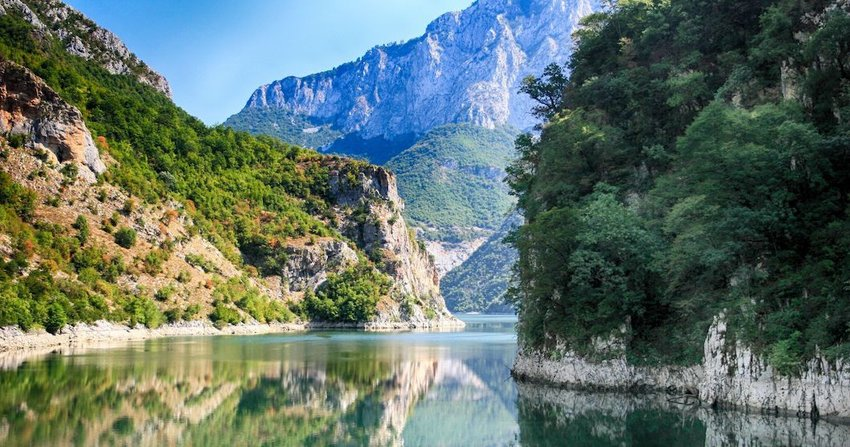 4 Gorgeous European Lakes You've Never Heard Of