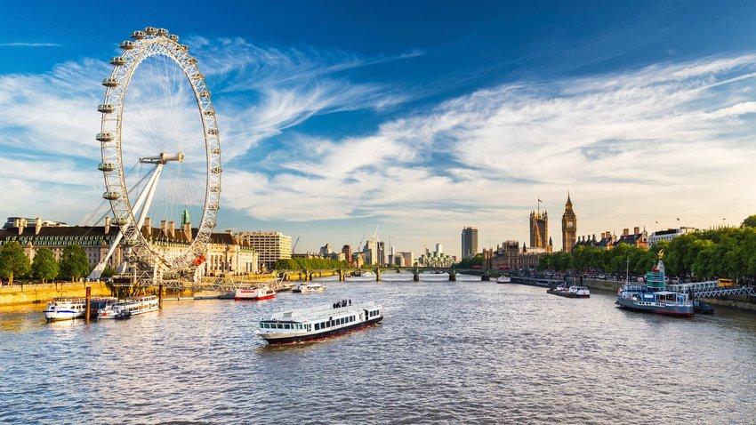 3 London Tourist Traps Worth the Crowds