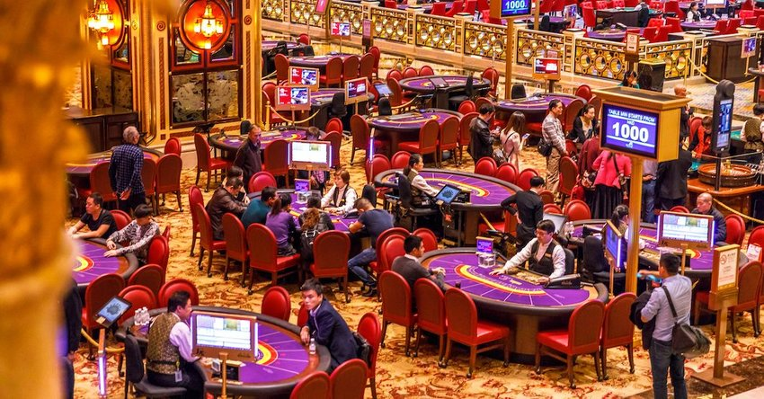 7 Biggest Gambling Cities Around the World