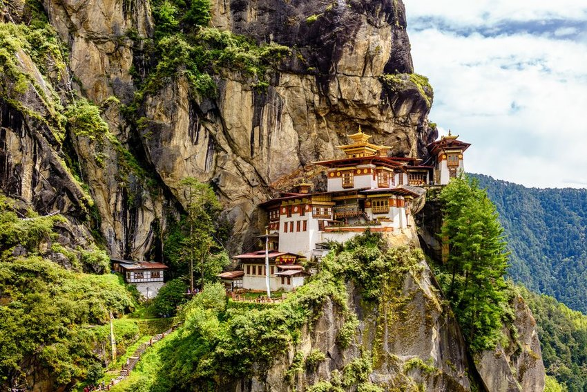10 Most Beautiful Buddhist Temples