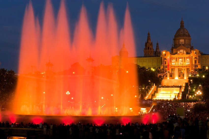 6 Most Gorgeous Fountains From Around the World