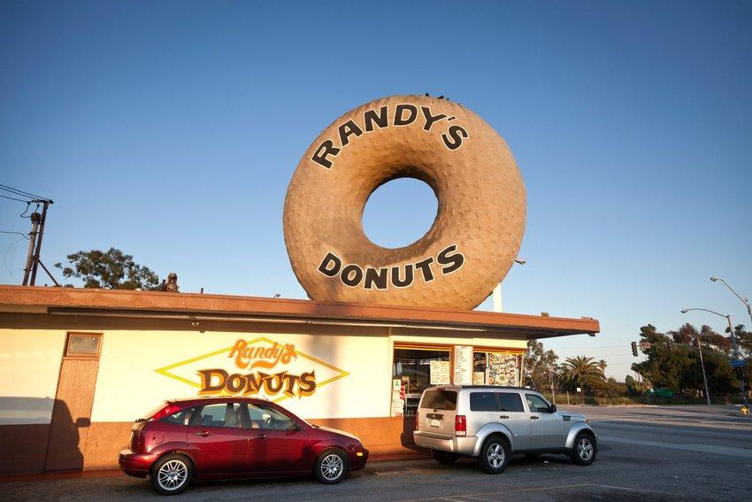Randy's Donuts, California
