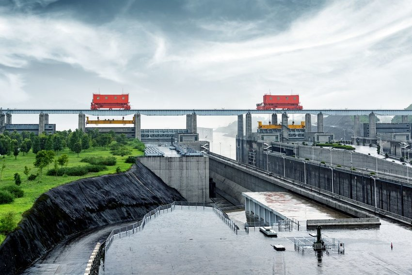 7 of the Largest Dams in the World