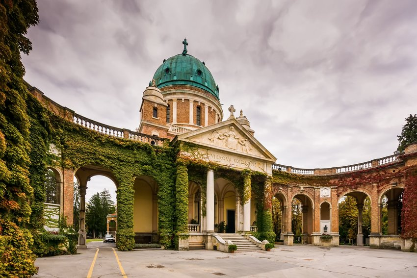 Arched, ivy-covered entrance-way to the Mirogoj Cemetery near Zagreb, Croatia
