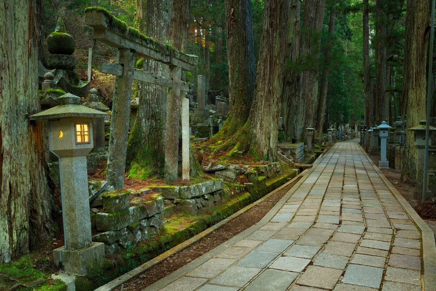 10 Most Beautiful Cemeteries in the World