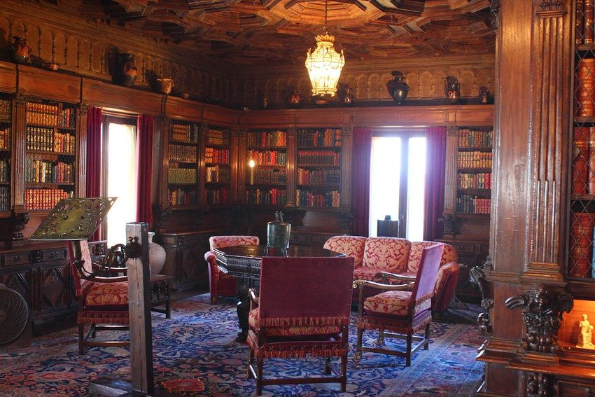 Hearst Castle Library sitting area