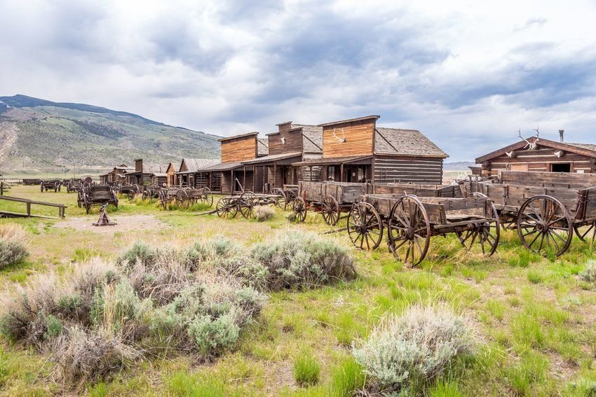 4 Places Where You Can Still Experience the Wild West