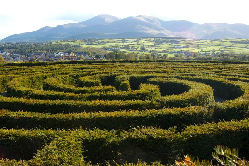 8 Outdoor Mazes You Should Visit