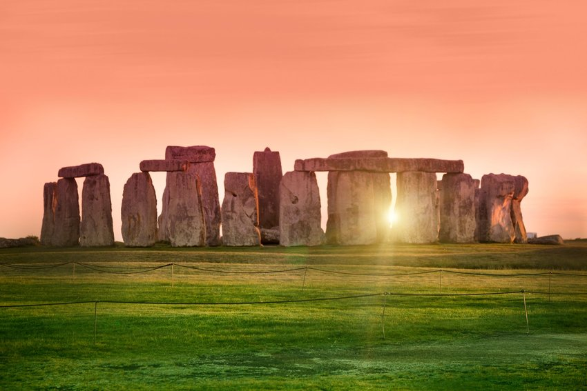 Stonehenge Is Designed to Align With the Sunset on the Winter Solstice