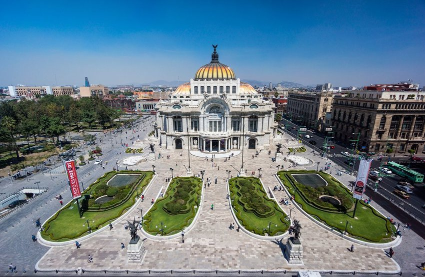 The Palacio de Bellas Artes in downtown Mexico City