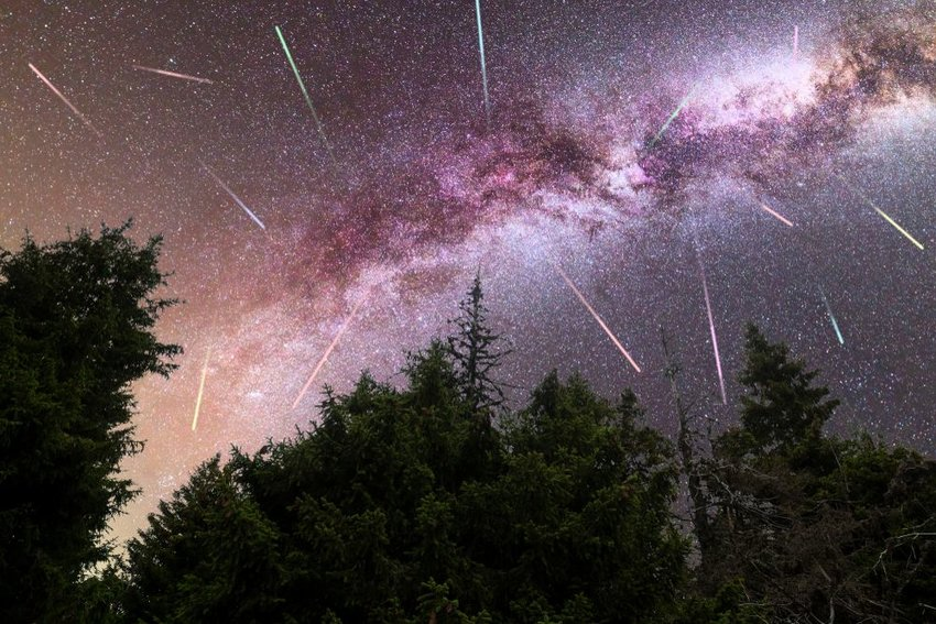 3 Famous Meteor Showers That Will Make You Pull Out Your Camera