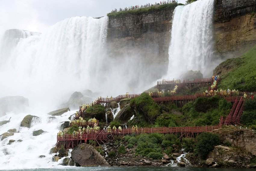 The decks and stairs along the side of Niagara Falls
