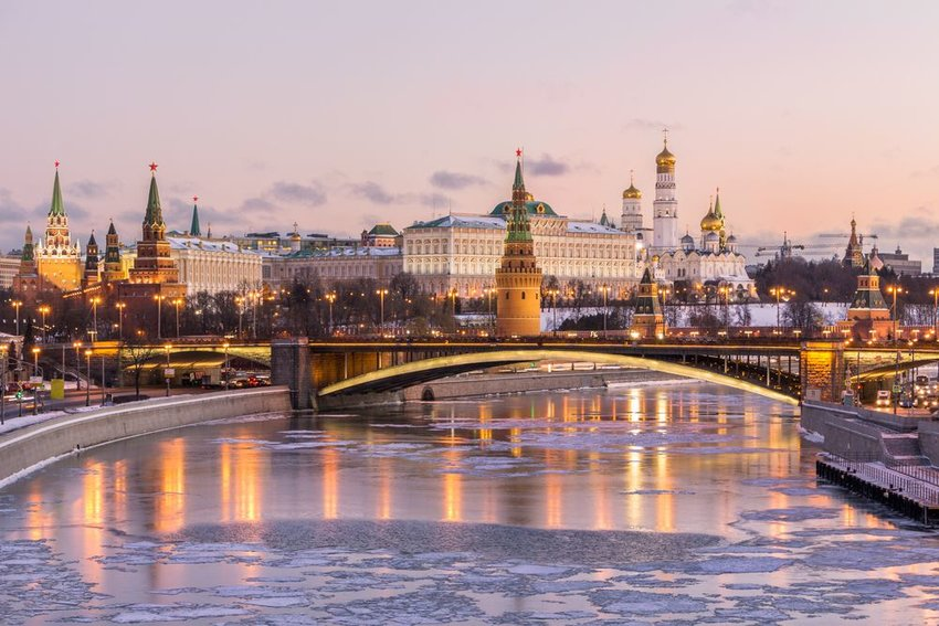 Moscow Kremlin building with Moscow river and bridge in front