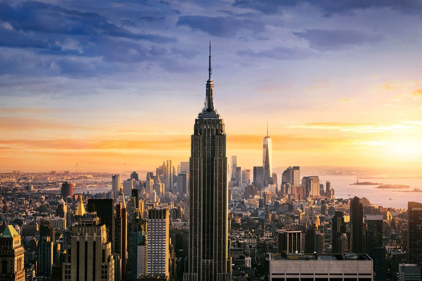 The Empire State Building and the Manhattan skyline at dawn