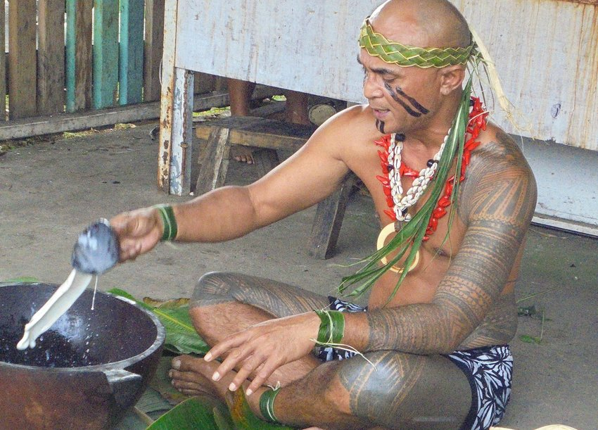 Man with a Pe'a tattoo