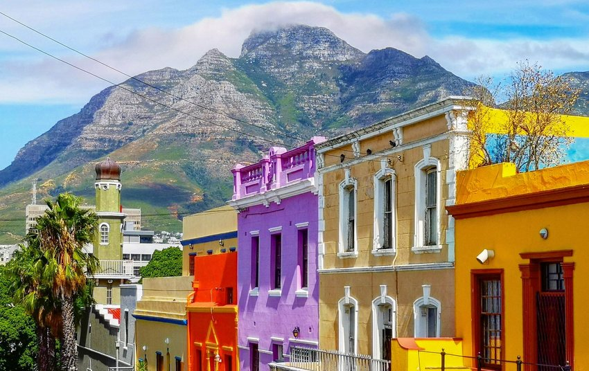 Colorful buildings with mountains in Cape Town
