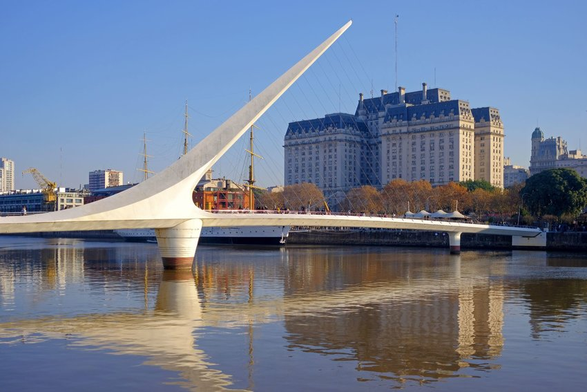The Puente de la Mujer above still water during the day in Argentina
