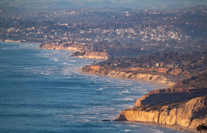 4 Incredible Stops Along the Pacific Coast Highway