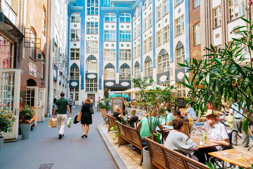 Outdoor diners in Berlin