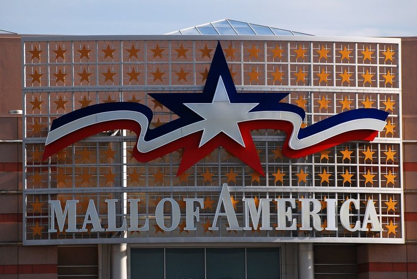 Front view of Mall of America in Minnesota