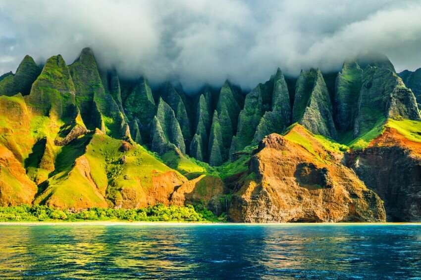 Na Pali coast, Kauai, Hawaii view from sea.