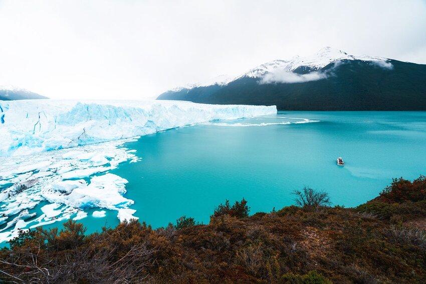 Perito Moreno Glacier view on a cloudy day.
